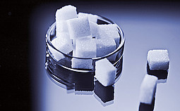 Apparent Purity of Sucrose and Technical Sugar Solutions
