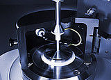 The Electro-Rheological Device (ERD) with concentric cylinder measuring system (C-PTD 200/E) is used in combination with MCR rheometers to investigate the influence of an electric field on electrorheological fluids (ERF).