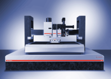 The Ultra Nanoindentation Tester: New generation of thermal drift free indentation