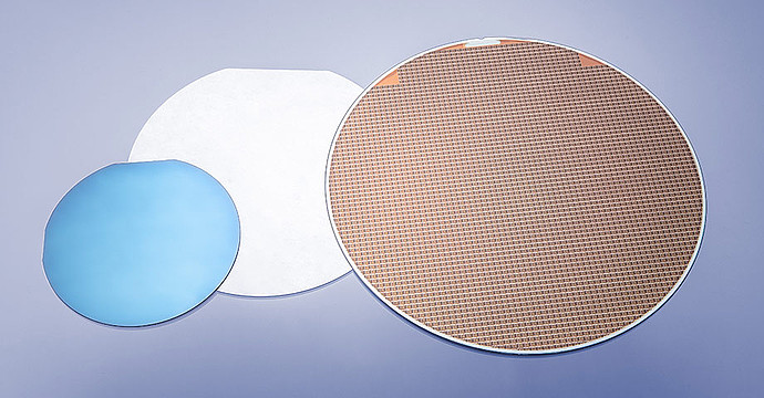Measure a wafer of up to 200 mm without cutting it