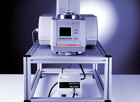 The Rheo-Microscope is an accessory for MCR rheometers used for microscopy simultaneous to a rheological test.