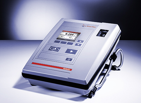 The CboxQC from Anton Paar combines the fast measurement of CO2 and O2 in one measuring cycle.